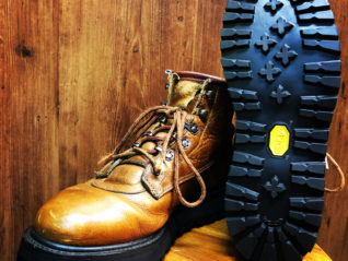 RED WING Vibram148 でリソール